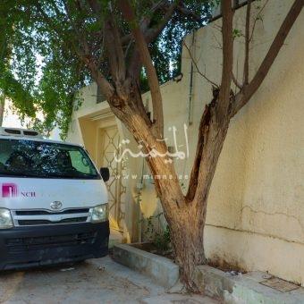 للبيع بيت تجاري في هورالعنز دبي تصريح بناية دورين
