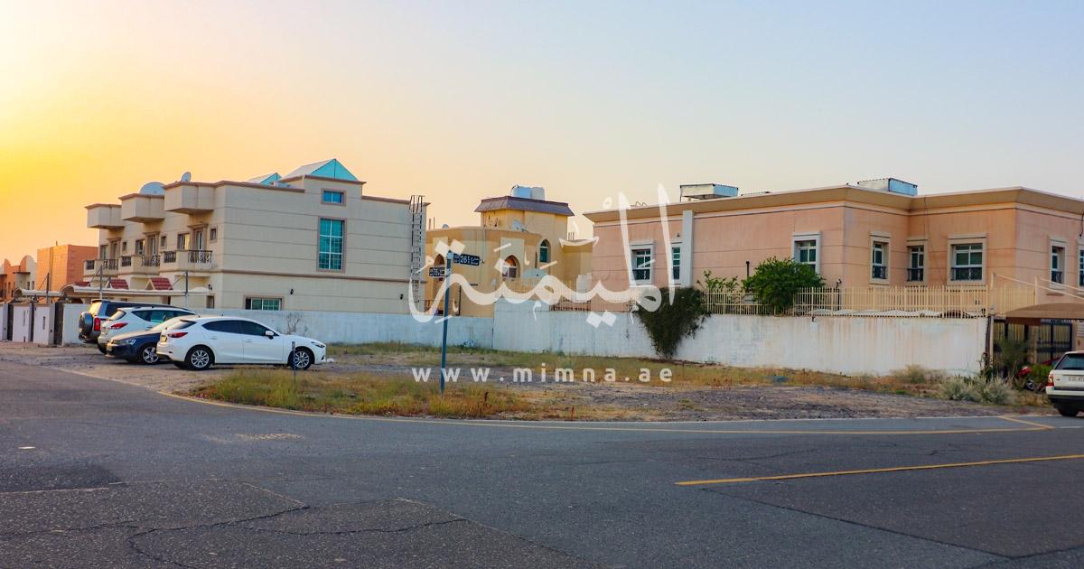 للبيع ارض سكنية في مردف دبي تصريح بناء 3 فلل