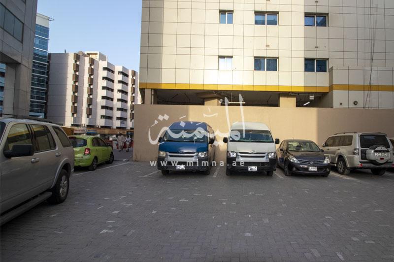 للبيع ارض تجارية في الرفاعه دبي